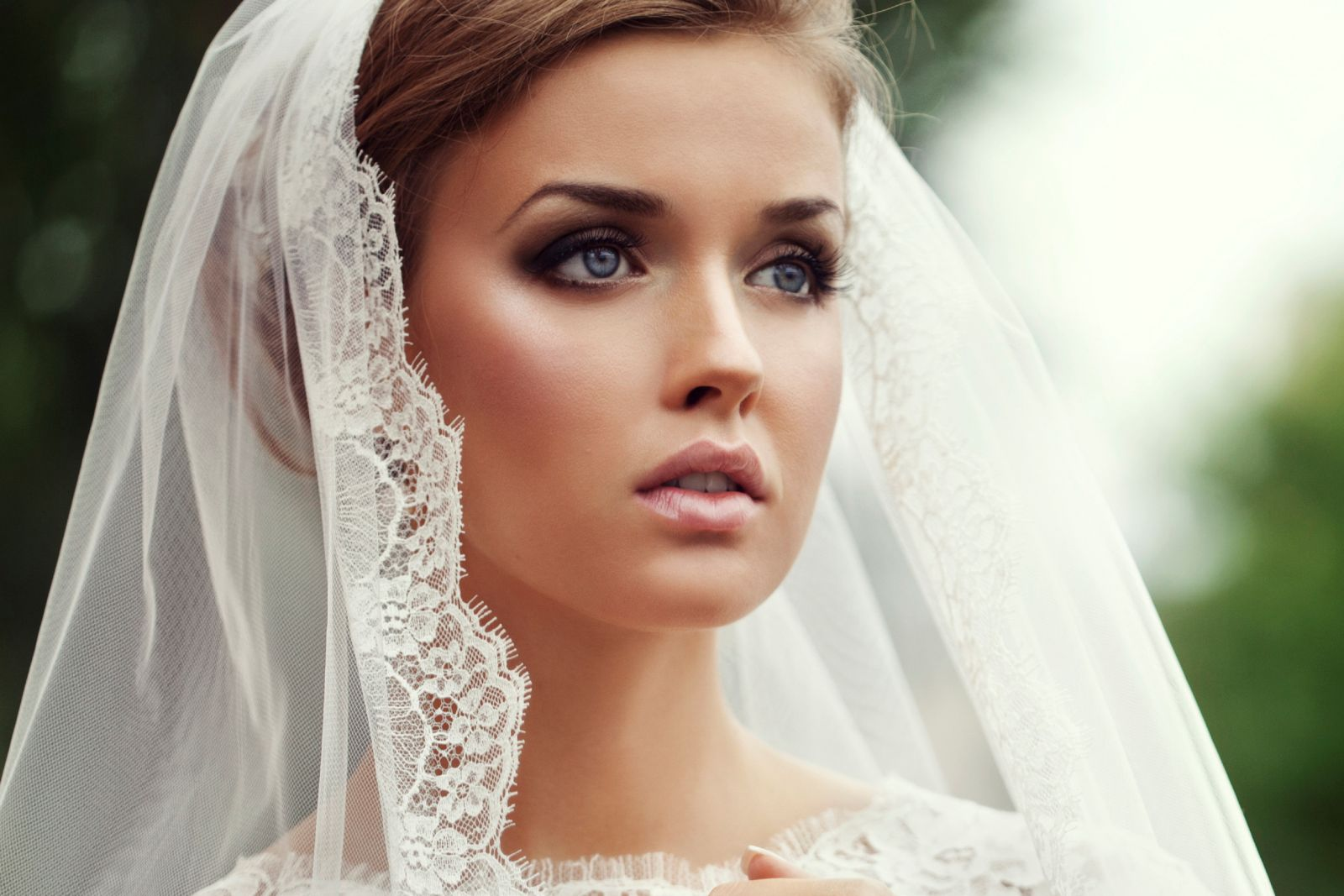 Look absolutely best on your Wedding Day